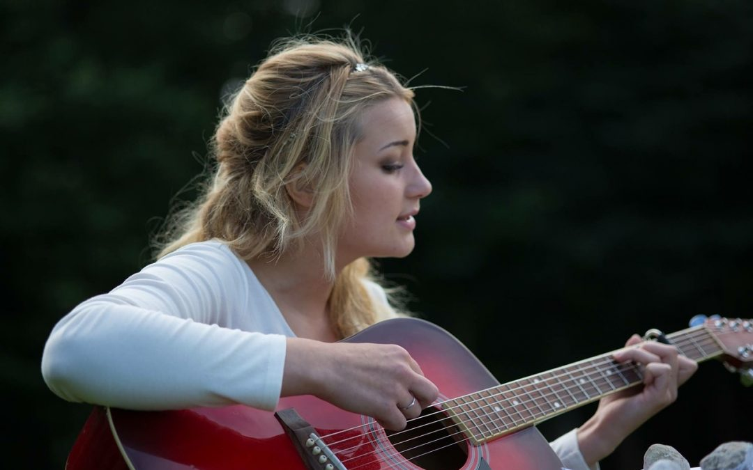 Los beneficios de tocar un instrumento musical